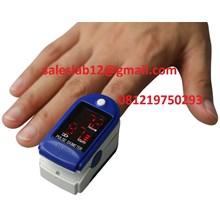 Alat Laboratorium Fingertip Pulse Oximeter CMS