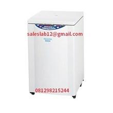 Alat Laboratorium Universal Refrigerated Centrifuge Model 5922