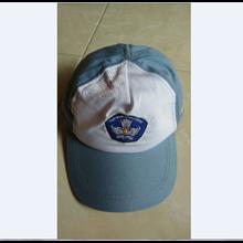 Topi Seragam Sekolah