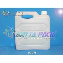 Jerigen plastik HDPE 5 liter wajik gepeng natural (HD396)