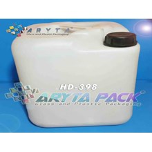 HD398. Hdpe plastic Jerry cans of 20 liters type A natural