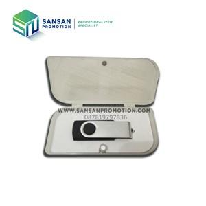 USB Standard (4GB)