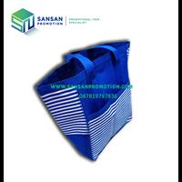 Distributor Tas Stripe Biru dengan Kantong 3
