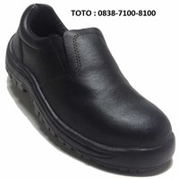 SAFETY SHOES NBR 302  HDM