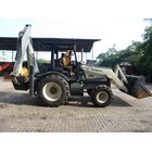 Excavators FOR RENTAL: Backhoe Loader 1 M3 Terex 820 (Jawa Timur) 3