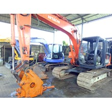 Excavators Hitachi EX100 with Breaker 10 ton RENTA