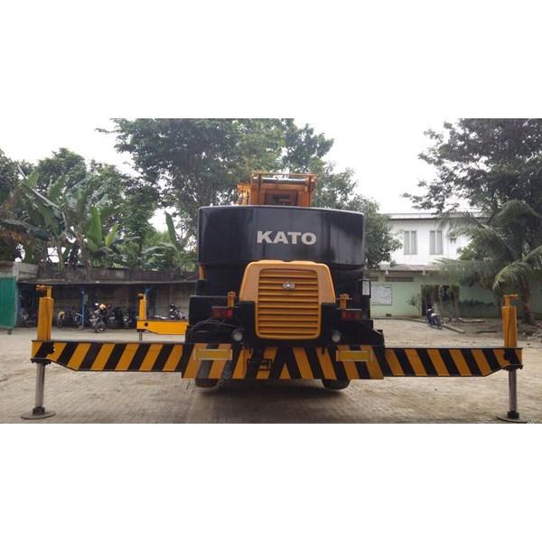Crane Kato KR25 - Kapasitas 25 ton - FOR RENTAL / SEWA JAWA TIMUR