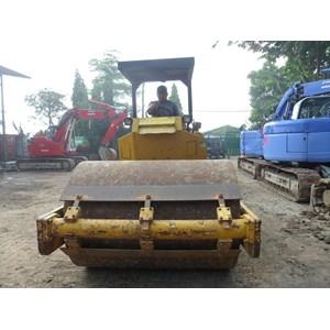 Vibro Compactor Sakai 7 ton / 14 ton By Yanee Sukses Bersama