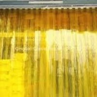 Distributor tirai plastik yellow kembangan 3