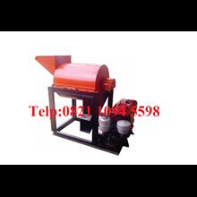 Mesin Pencacah Rumput atau Daun Sawit