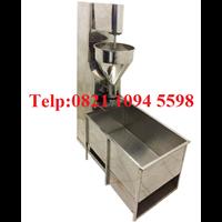 Pabrikasi Dan Penjualan Mesin Cetak Bakso Sistem Sendok