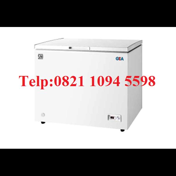 Mesin Pendingin Sosis (Freezer)
