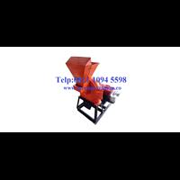 Mesin Penepung Jagung (Disk mill) Besi - Mesin Penghancur - Mesin Penghalus Biji-Bijian Kapasitas Mesin 380 Kg / Jam