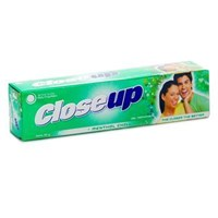 Jual CLOSE UP GREEN 2