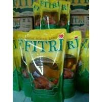 Beli Minyak Goreng Fitri  900 ml 4