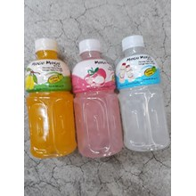 Mogu Mogu minuman nata de coco lychee botol 350 ml