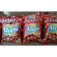 Mr P kacang atom pedas 100 gr(isi 40 pcs/ctn) 1