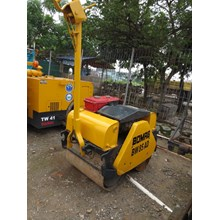 Baby Roller BOMAG BW85AD Kap 850Kg Build Up EX JAPAN!