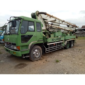 Concrete Pump Truck MITSUBISHI DCL1000 31 Meter Boom Swing Type Build Up EX JAPAN!