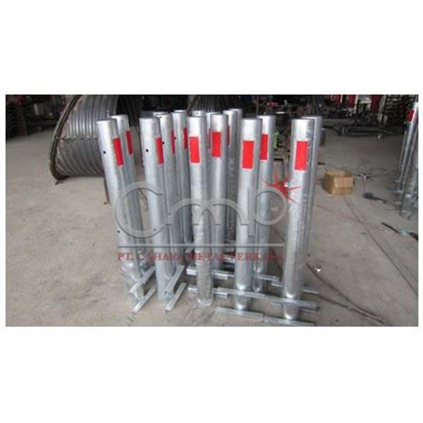 Delineator Steel Distributor