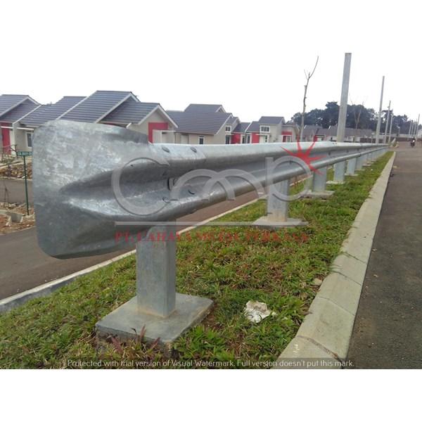 Pabrik Guardrail