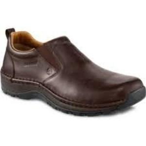 sepatu safety Redwing