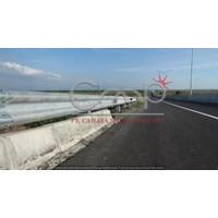 Pagar Pembatas jalan CMP