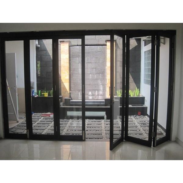 Pintu Folding Kaca Aluminium