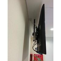 Dari Bracket tv Ceiling merek digimedia DM-C420 murah 2