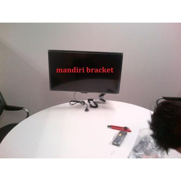 Bracket tv Desktop merek north bayou  type nb-f100