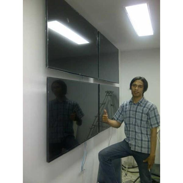 Bracket tv Standar Gambar Pelangi ukuran 40-70inch