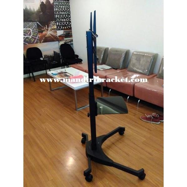 Standing Bracket tv Mobile merk kenzo tipe KZ-52 murah