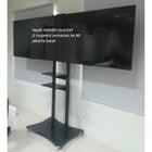 braket tv bracket standing plat kupu kupu dual tv murah 1
