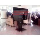 Braket tv stand bracket tv berdiri model kupu kupu 4 tv 10