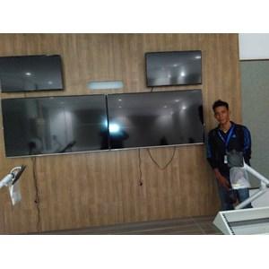 Pasang Bracket TV Jasa   Instalasi TV Cepat dan Murah