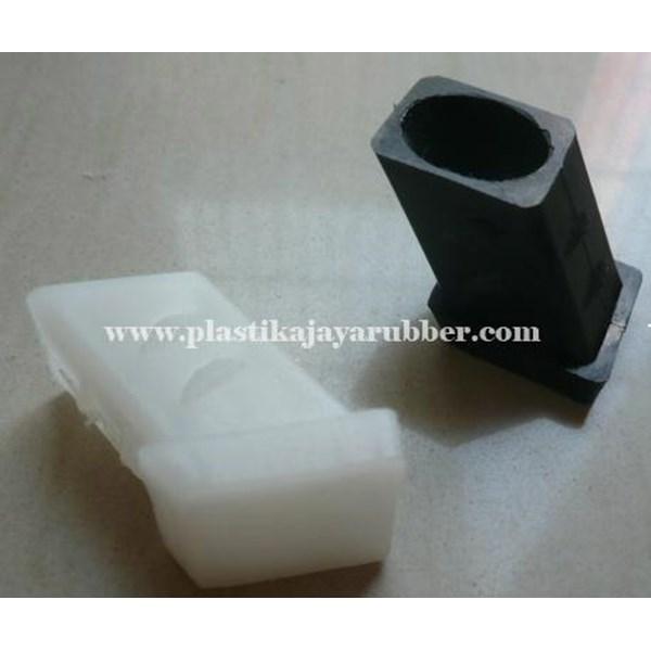 Plastik Kotak Miring