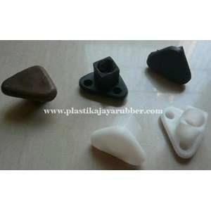 Plastic Triangle U  Pipa Box 20 X 20 Mm (18)
