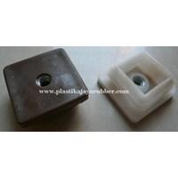 Plastic Box W Nut (27)