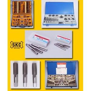Mesin Bubut - Hand Tap SKC - Hand Tap & Die Set - Hand Tap & Die set OK45 SKC-828Metric