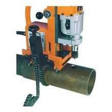 Mesin Bor Magnet Pipa Besi . Magnetic Drill Clamping Pipe