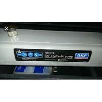 Distributor SKF Hydraulic Hand Pump 728619E - OPTICAL TACHOMETER SKF TKRT-10  3