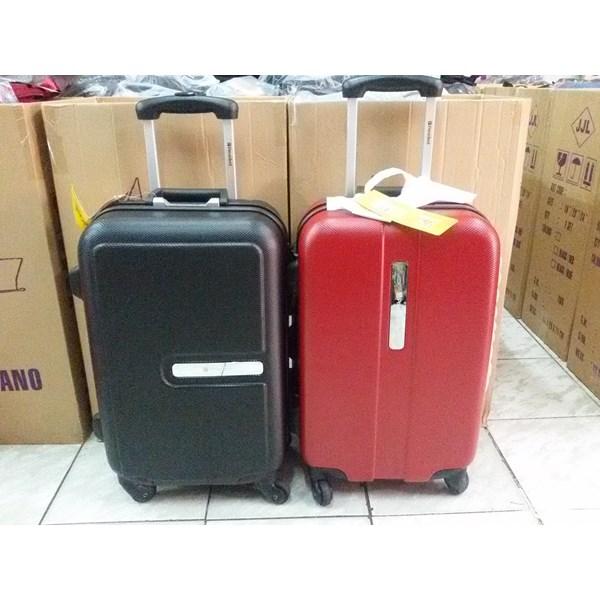 Koper Travel warna Hitam dan Merah