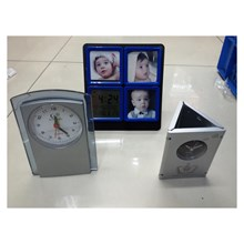 Beautiful Table Clock Silver Color