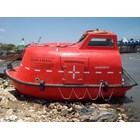 LIFEBOAT TOTALLY ENCLOSED CAP. 15 - 30 PERSON 3