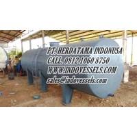 Tangki Solar 5000 Liter call. 0812 1060 8750 www.indovessels.com sales@indovessels.com PT. HERDATAMA INDONUSA 10000 liter
