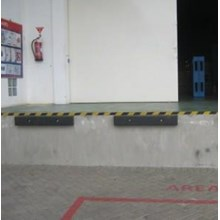 karet bumper loading dock (081212141207)