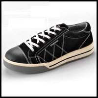 Sepatu Safety Type L-7226 Black