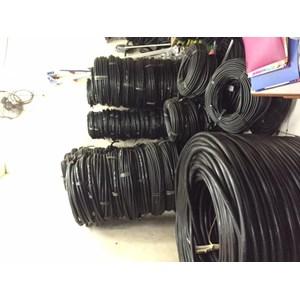 Dari kabel listrik 3