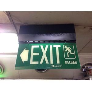 Dari emergency exit  3