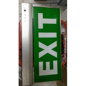 Dari emergency exit  0